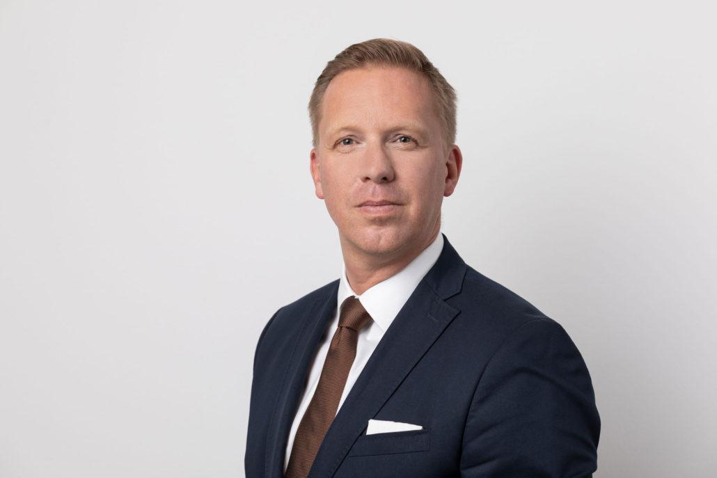 Robert Leuthner Partner
